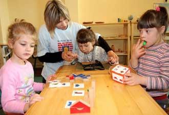Обучение детей с дислексией должно быть индивидуальным и визуальным