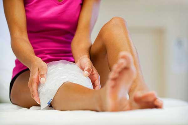 Как избавиться от боли в ногах с помощью льда