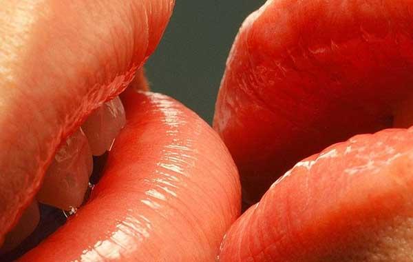 Болезни поцелуев