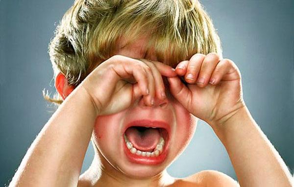 Признаки детской истерики