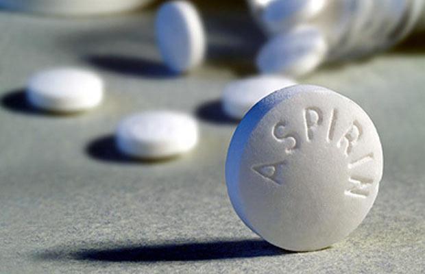 Как с помощью аспирина остановить зуд от укуса комара