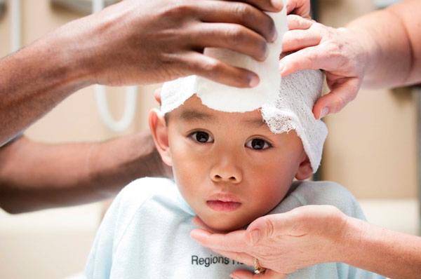 Сотрясение мозга у ребенка