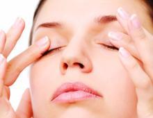 Как избавиться от сухости кожи вокруг глаз