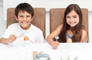 Для детей яйца на завтрак необходимы!