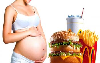 Гамбургеры и кола во время беременности