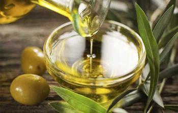 На фото: Оливковое масло