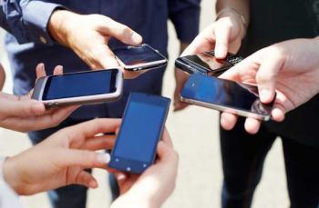 Постоянное использование смартфонов делает людей глупее