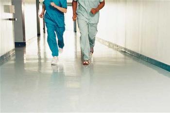 Работа медицинских учреждений в праздники