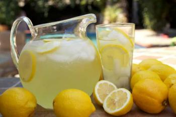 От камней в почках пейте лимонад!