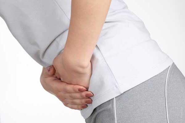 Приступ диареи можно вылечить в домашних условиях народными средствами