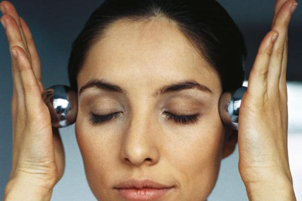 Выпадают волосы лечение какими препаратами