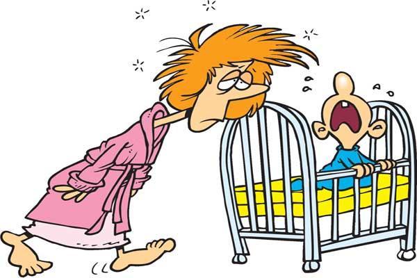 Ночные кошмары детей, сонная мама идет к кроватке ребенка