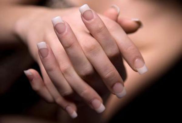 Как удалять бородавки около ногтя