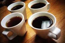 4 чашки кофе