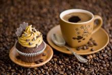 Кофе и пирожное