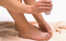 Обработка тальком сохраняет здоровье ног