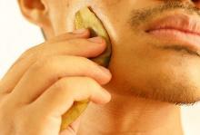 банан - домашнее средство от укусов комаров